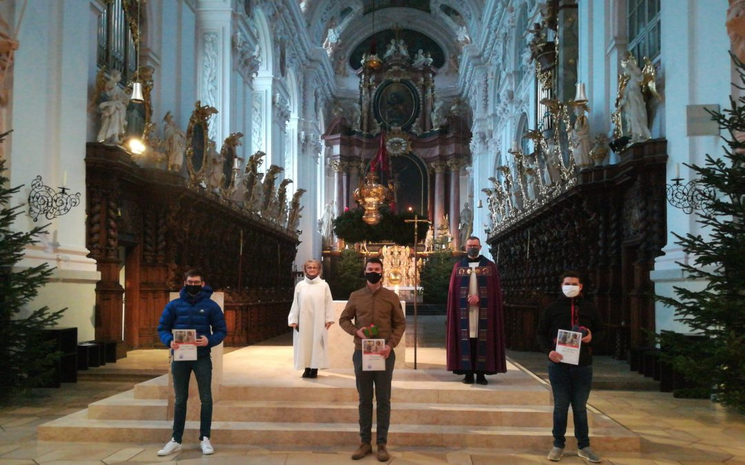 Adventliche Feier der Minis in der Basilika