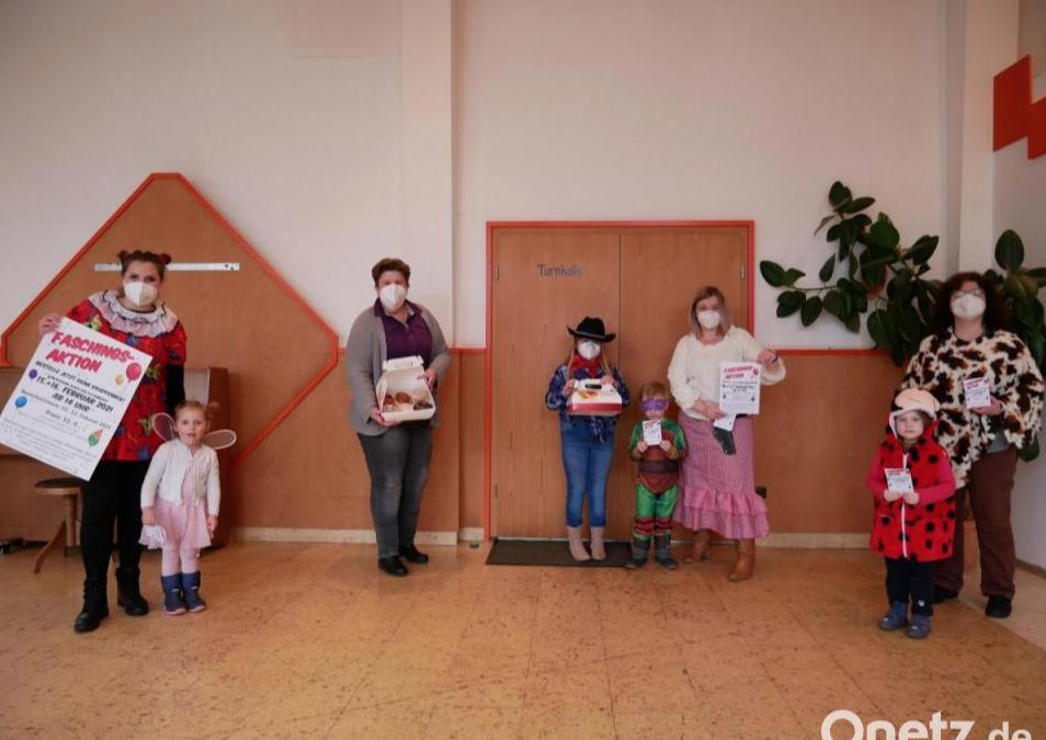 """""""Krapfenboxstimmungstüte"""" als Dreingabe im Kinderhaus St. Michael"""